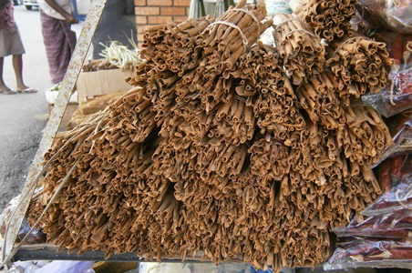 cinnamon in a market