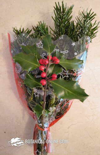 Decorative bouquet to give at Christmas