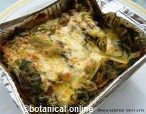 Vegetable pie with borage