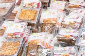 Plastics in food