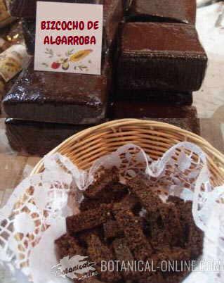 Foto de bizcocho pastel algarrobas