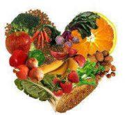 corazon de alimentos saludables frutas y verduras