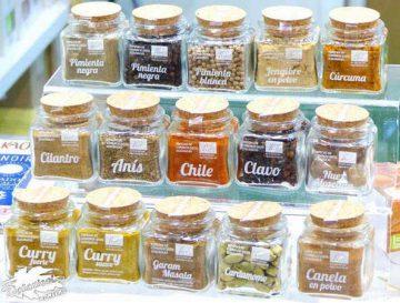 especias y hierbas aromaticas en la cocina
