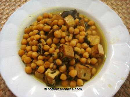 Chickpeas with tofu