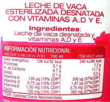 etiqueta leche desnatada enriquecida