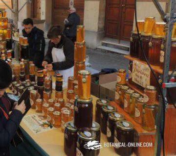 Parada de venta de miel