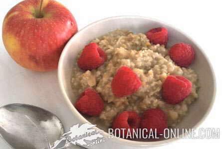 porridge de avena con manzana frambuesas y limon