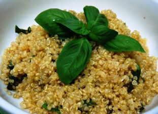 quinoa con albahaca