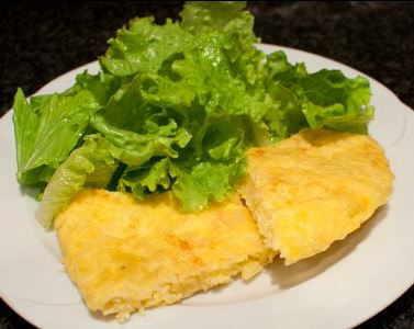 tortilla con ensalada